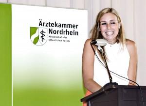 Jordana Eitner, Schülerin einer Vorzieherklasse, hielt eine Rede im Namen aller Prüflinge
